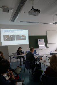 Daniel Prantl und Prof. Thomas Köhler im Seminarraum